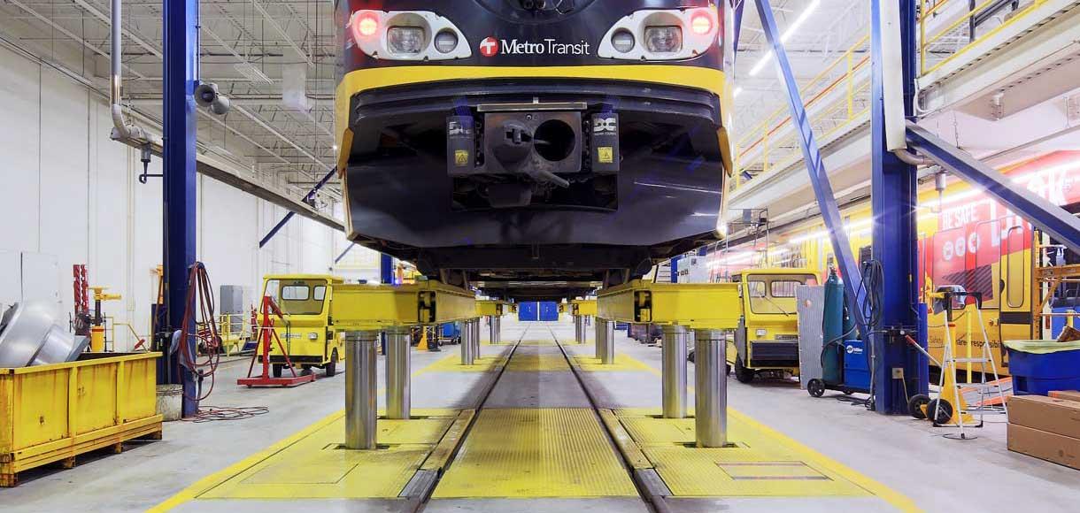 cropped photo of Metro Transit LRT